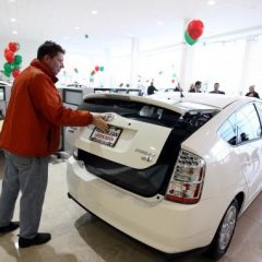 Shopping for a hybrid car